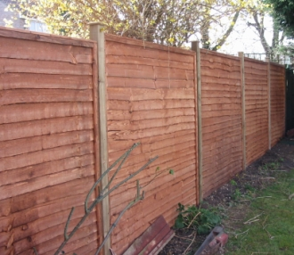 Incroyable We Undertake All Types Of Garden Fencing Work Whether The Job Is Big Or  Small.